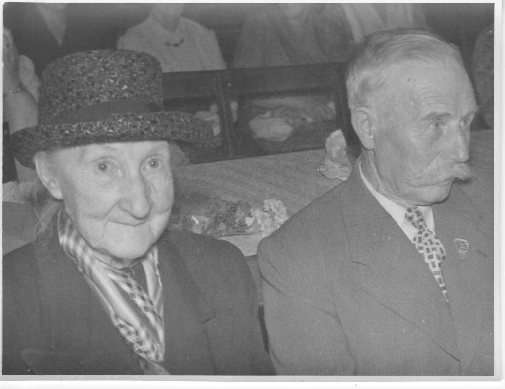 Karolina and Karl Lindos.